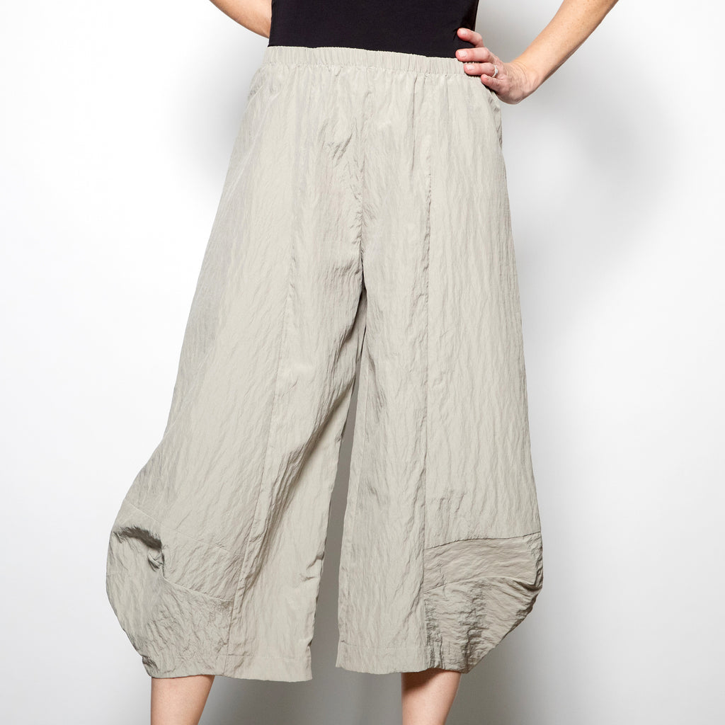 Hanna For La Journee Crinkle Pants in Light Sage