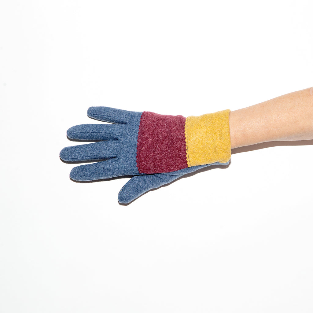 Santacana Knitted Tricolor Glove in Blue/Burgundy/Ocre