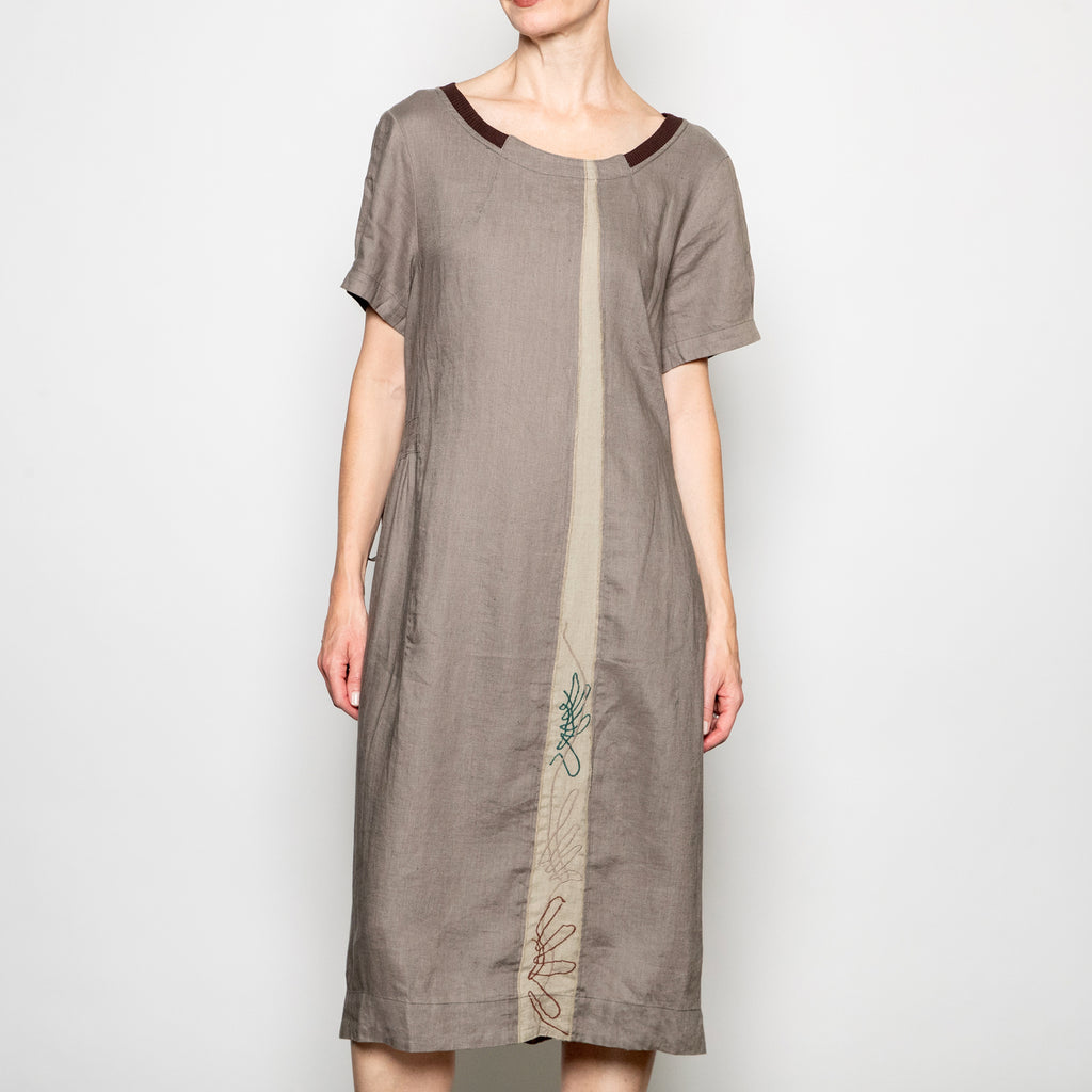 Peacock Ways Casey Dress in Light Grey