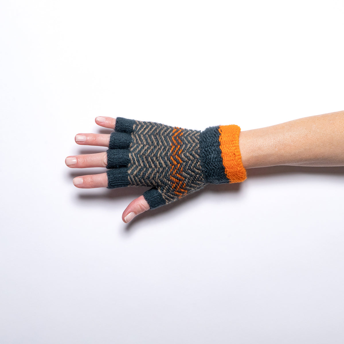 Jeanne Simmons Knitted Fingerless Gloves in Teal