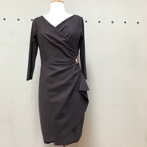 Cocktail dress draped with jewel in charcoal