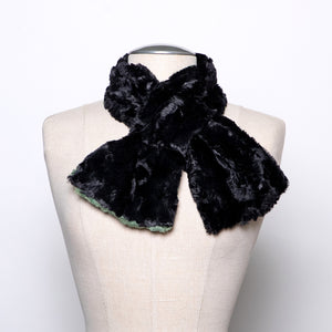 Pandemonium Pull Through Scarf in Meadow and Black