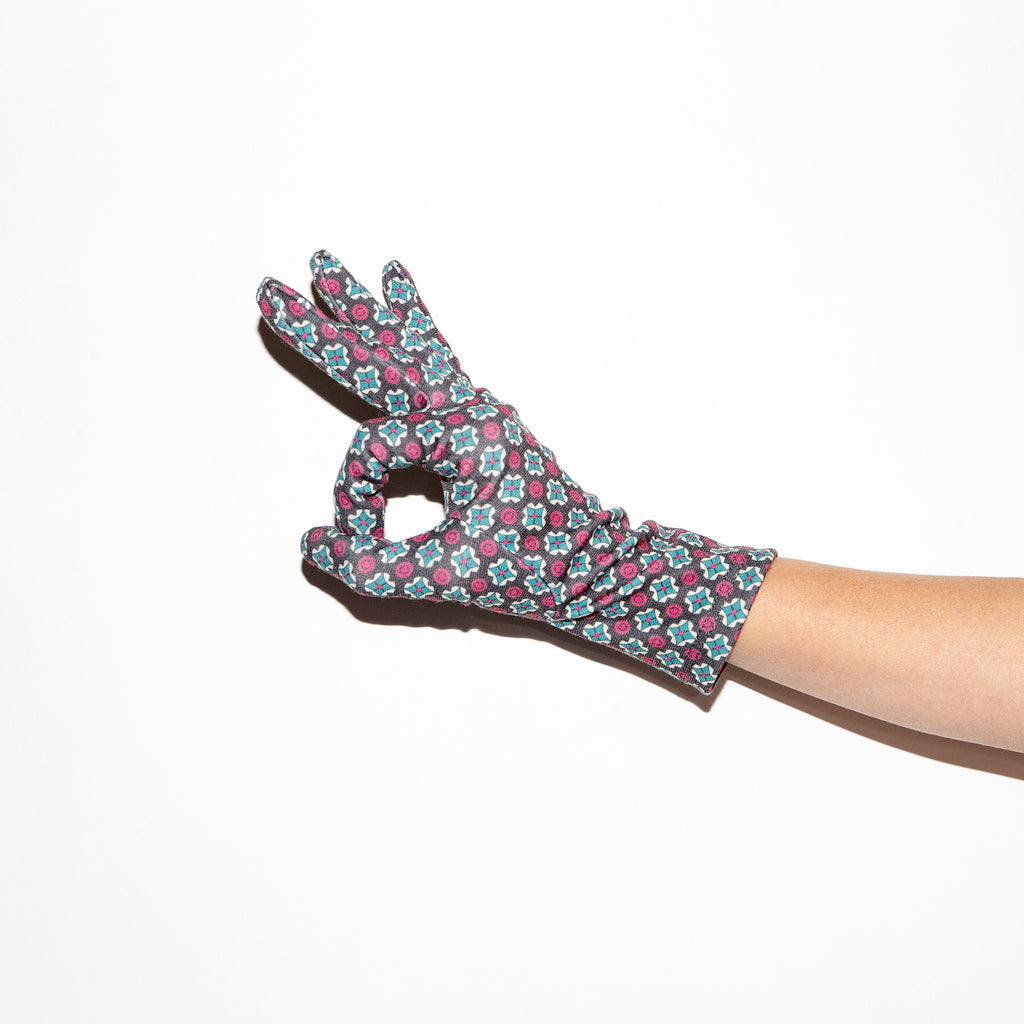 Santacana Geometric Print Glove in Burgundy/Green