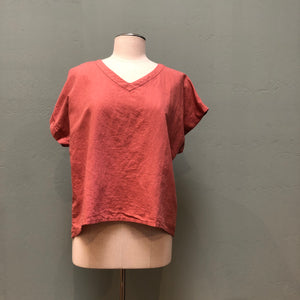 Yuvita Linen V-neck Top