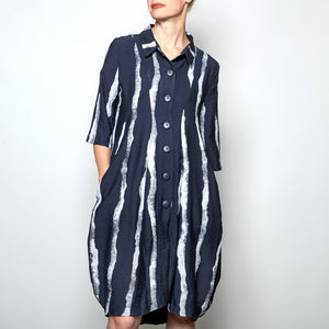 Button down 3/4 sleeve coat/dress in navy abstract stripe