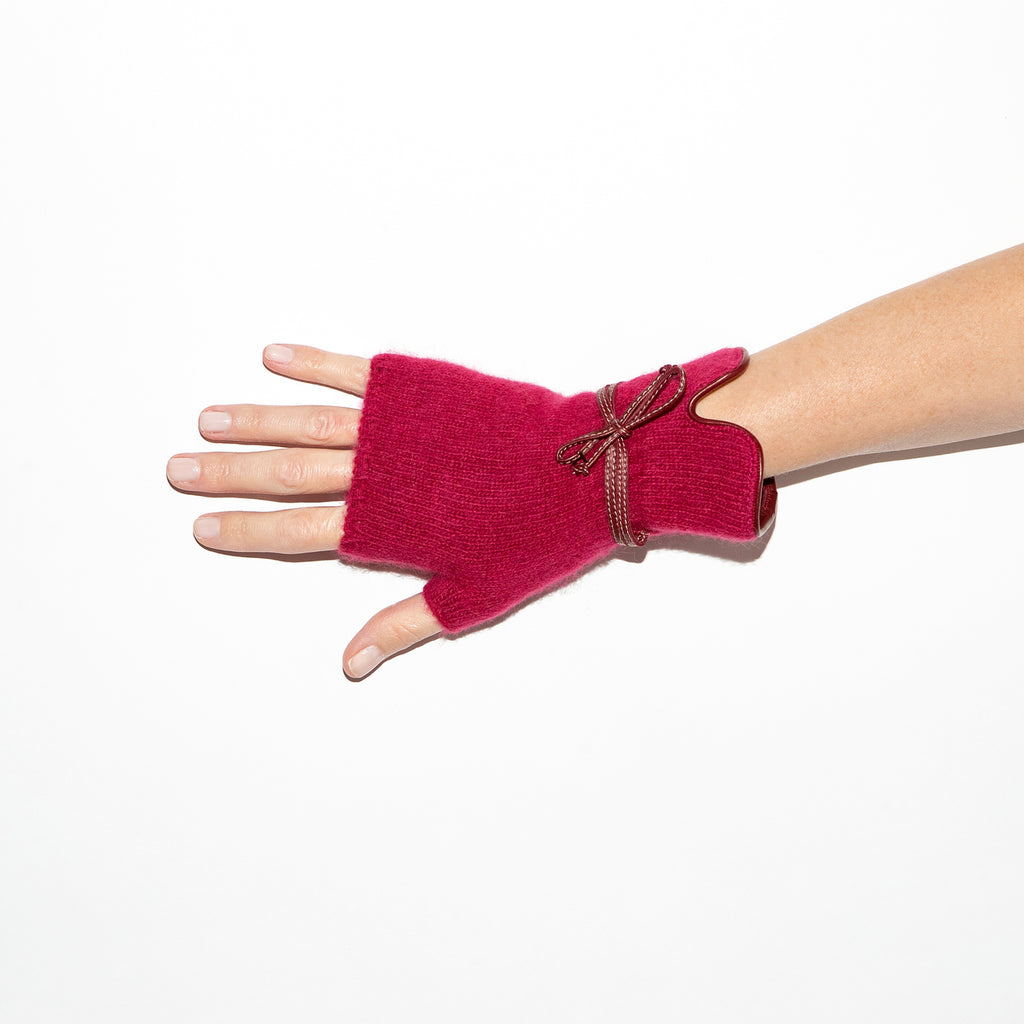 Santacana Angora Knitted Mitt in Ruby