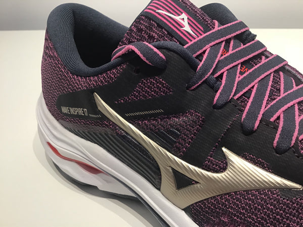 Ladies Mizuno Wave Inspire 17 Running Shoes.