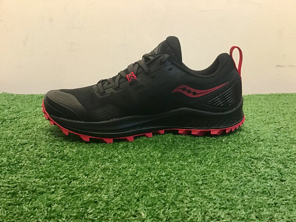 Ladies Saucony Peregrine 10 Trail Running Shoes. Black/Ruby