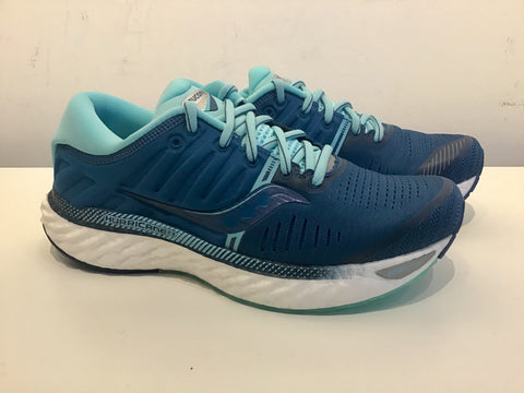 Ladies Saucony Hurricane 22 Running Shoes. Blue/Aqua