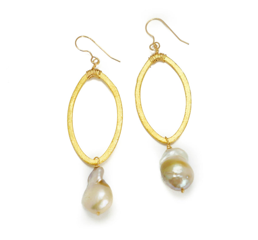 Earrings Gold Circle and Rose Baroque Pearl Drop