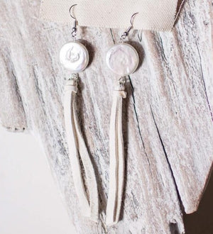 Earrings Pearl and White Deerskin Tassel
