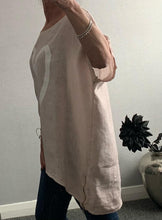 Load image into Gallery viewer, Light pink oversized top with heart and side zip detail