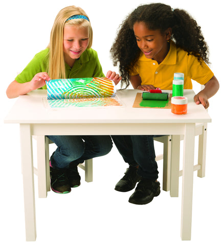 Image of Roylco R54480 Paint Pad and Tray with girls using it on desk