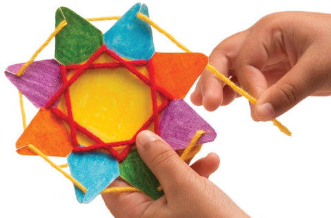Image of Roylco R16024 Stringing Shapes Star example of artwork