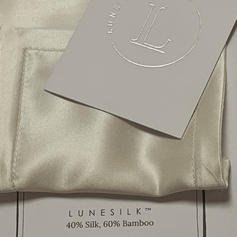 Lunesilk sample swatch