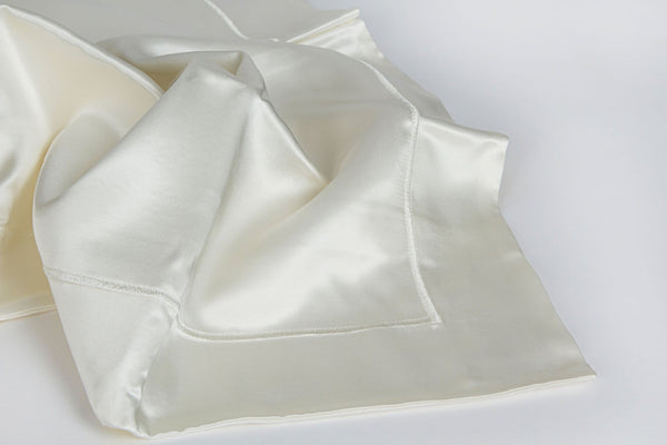 Lunesilk Embroidered Oxford Pillowcase Set