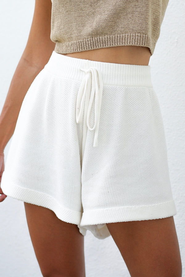 Vanessa Shorts - Offwhite (Sold Out)