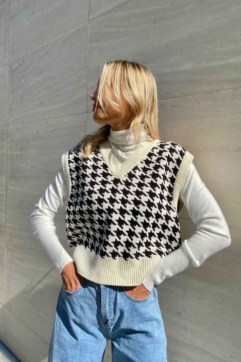 Veronica Houndstooth Vest (Sold Out)