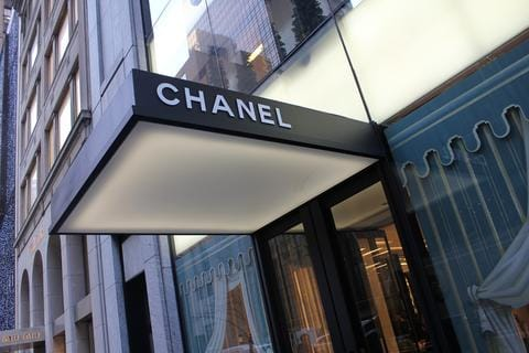 outside photo of the Chanel store