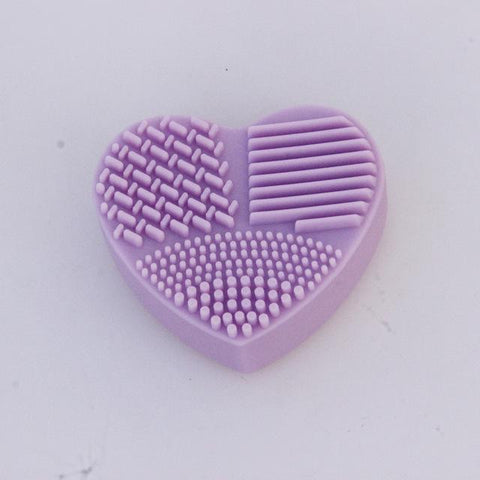 Heart Shape Makeup Brush Cleaning - DiS-Lyne