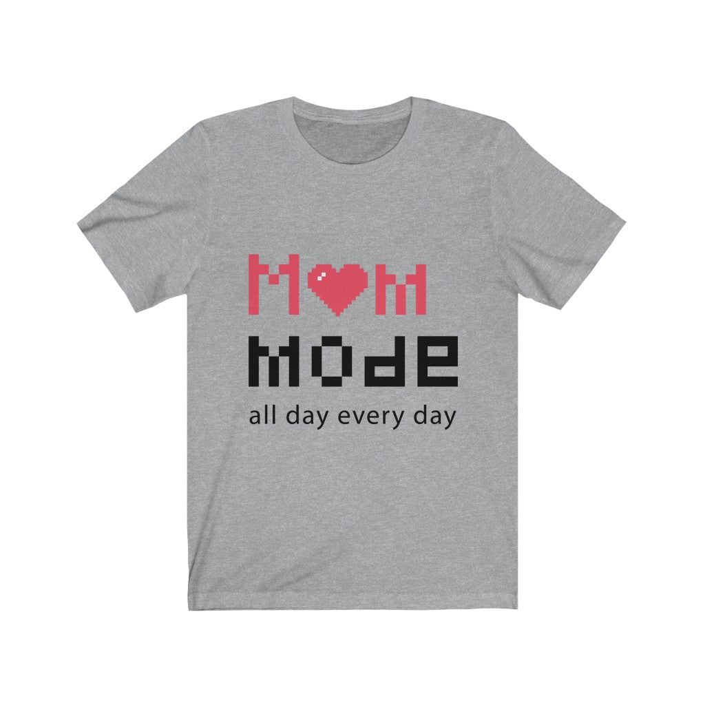 Mom mode T-shirt