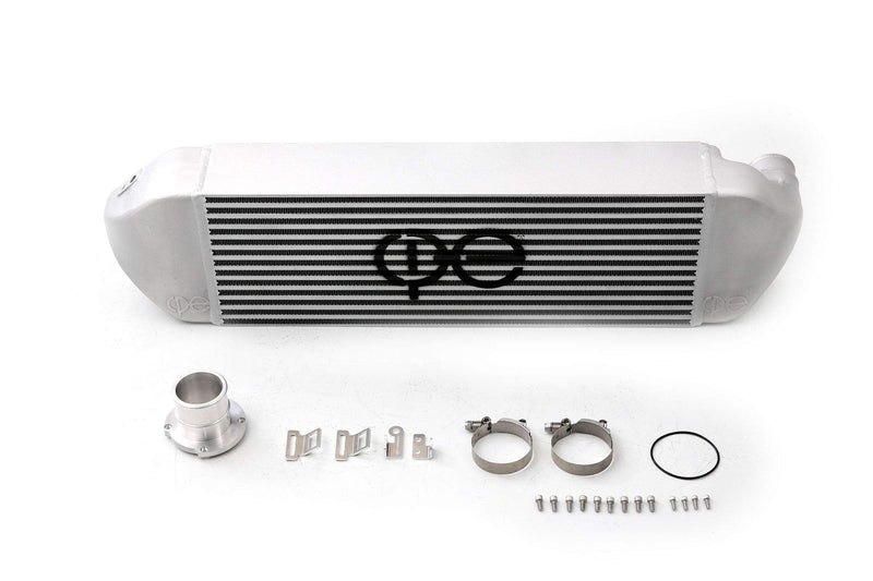 cp-e ΔCore Ford Focus RS FMIC Front Mount Intercooler