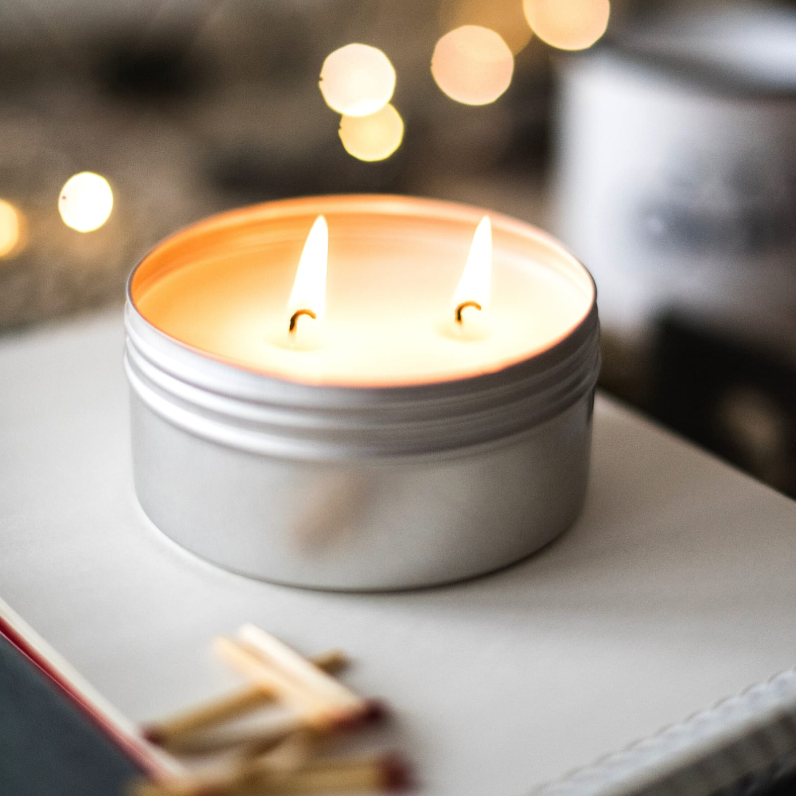 4 Natural Candles to Lift Your Spirits in 2021
