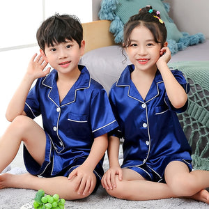 Plain satin Shorts Pyjamas set