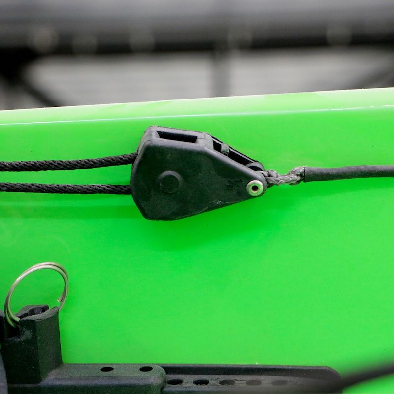 Cable Stretcher in Nelo 510 surfski