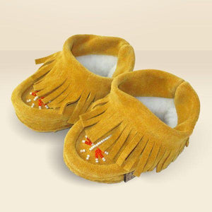 Moccasins with Fringe | ruggednorth.ca