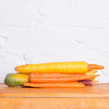 Organic Rainbow Carrots - 1 Pound - FarmacyNow