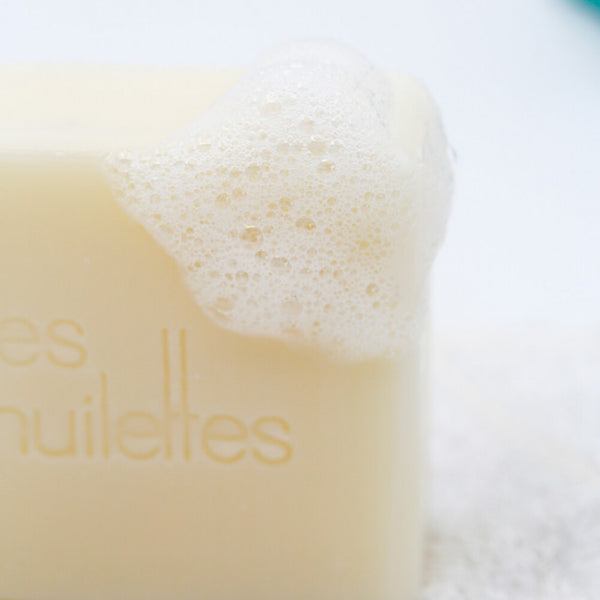 NEW - Extra-gentle face and body soap by les Huilettes, 120gm
