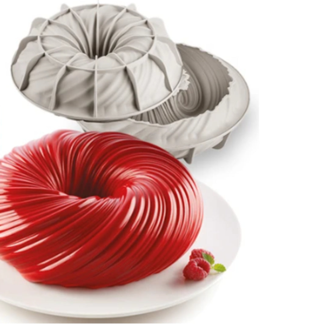 The Swirling Cake Mold