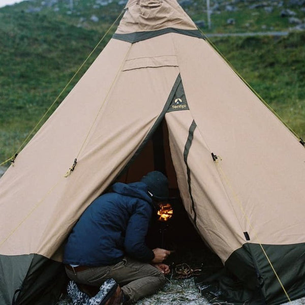 Frontier Stove teepee set-up. Anevay Stove. Woodburning stoves.