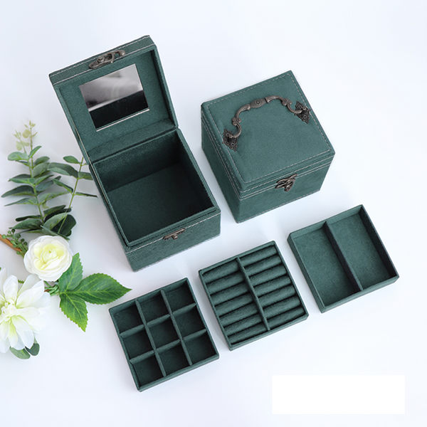 Retro Jewelry Organizer Box
