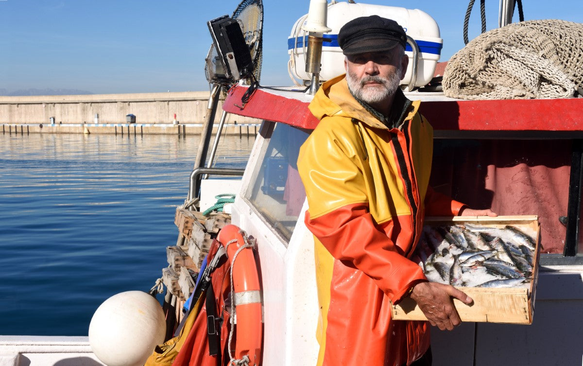 How Commercial Fisherman Stay Warm on the Open Sea