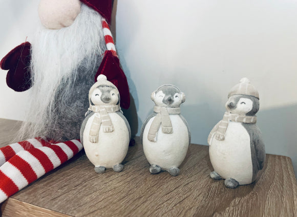 3 Christmas Penguins