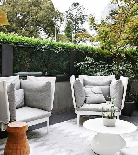10 Contemporary Outdoor Spaces to make you dream of Summer...