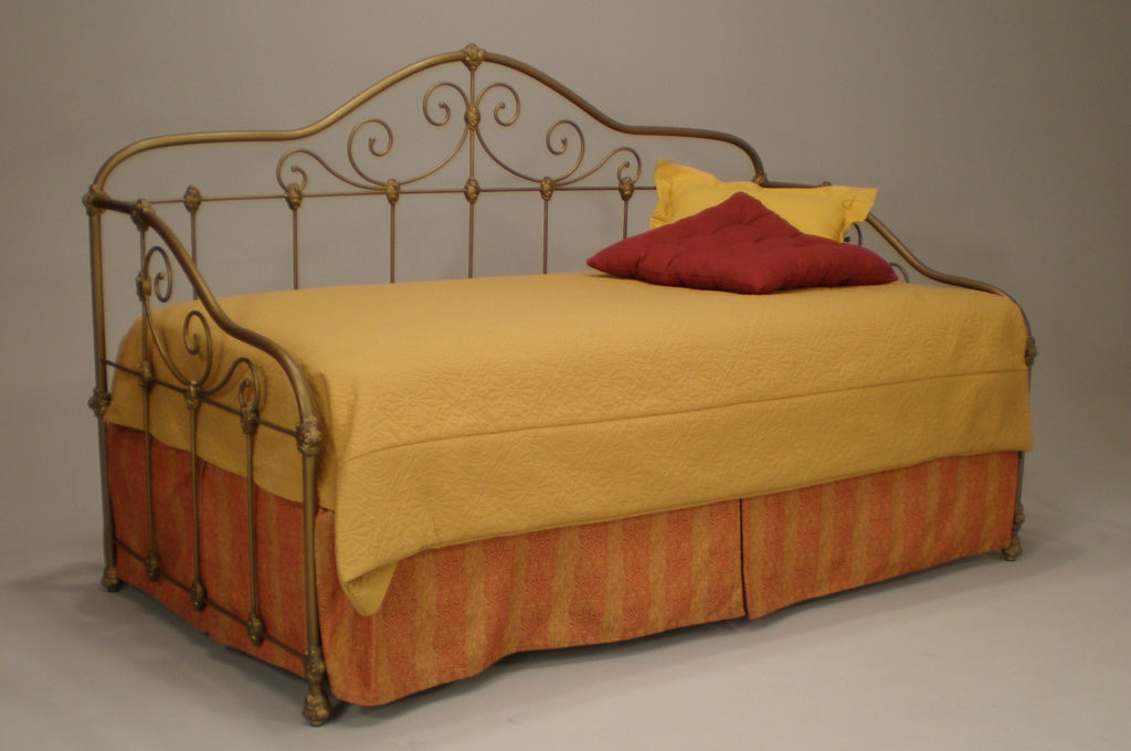 Claiborne Daybed
