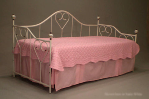 Sweetheart Daybed