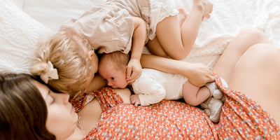 Tips to Keep Toddlers Busy When Breastfeeding a New Baby