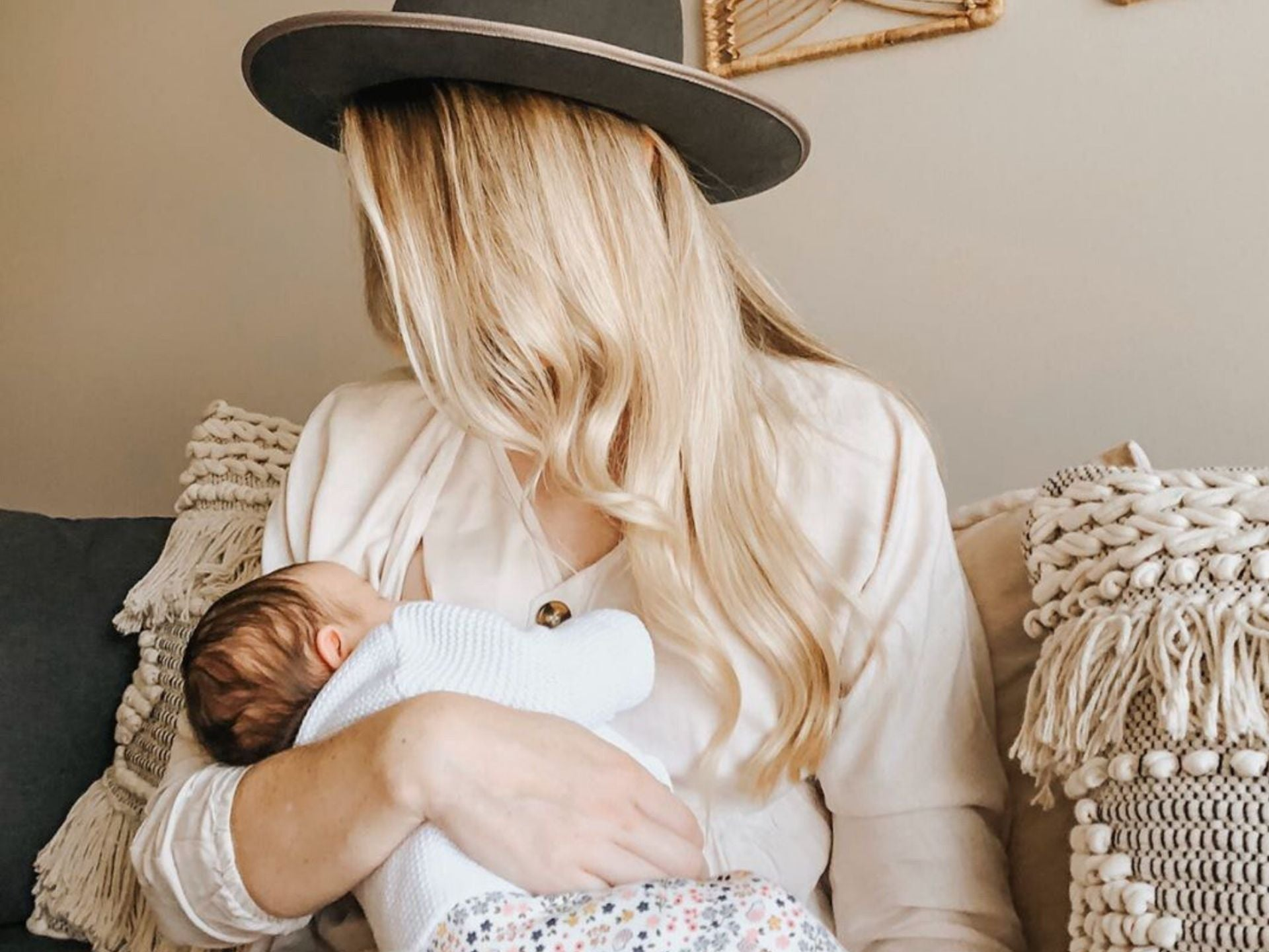 Postpartum Beauty - 7 Tips On How To Look Glamorous