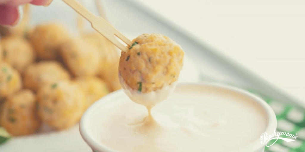 Lean Turkey Meatballs with Tangy Yoghurt Sauce
