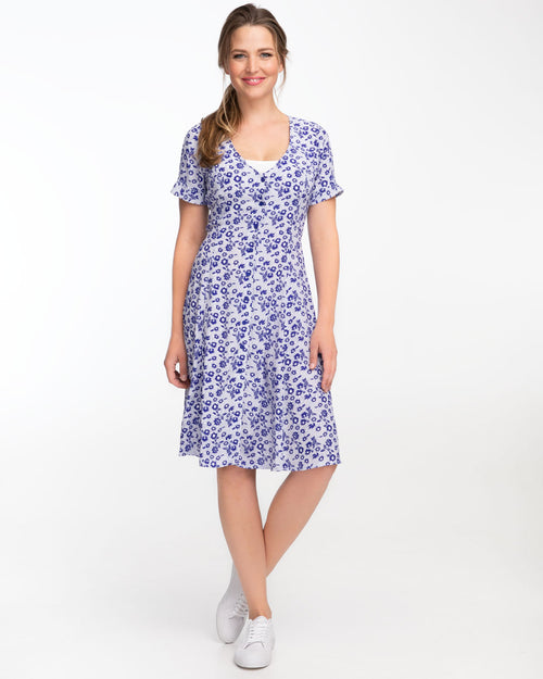 Blue daisy nursing dress by Peachymama featuring Denisa 2