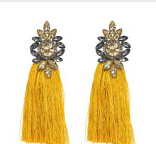 Load image into Gallery viewer, Nia Statement Chandelier earrings