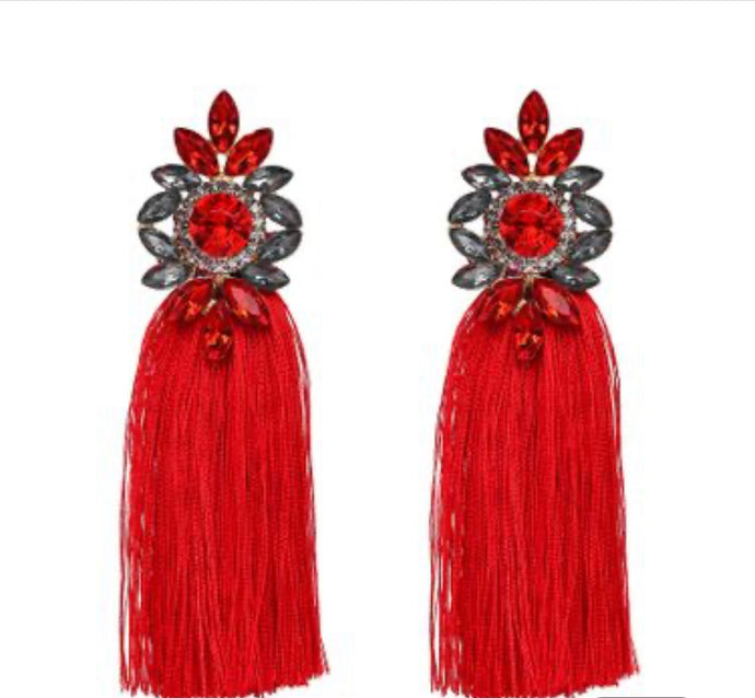 Nia Statement Chandelier earrings