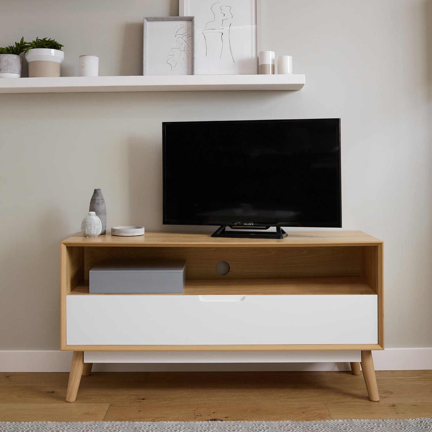 TV Unit with drawer - white - Laura James