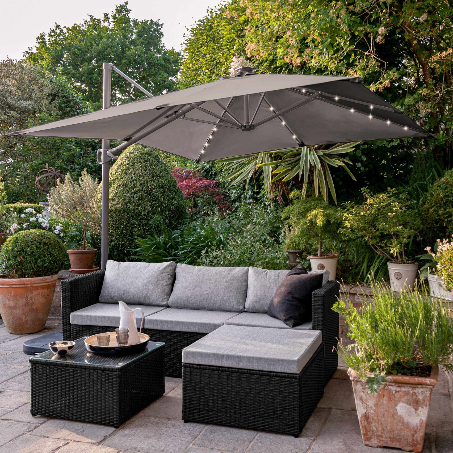 4 Seater Rattan Corner Sofa Set with LED Cantilever Parasol and Base - Black Weave