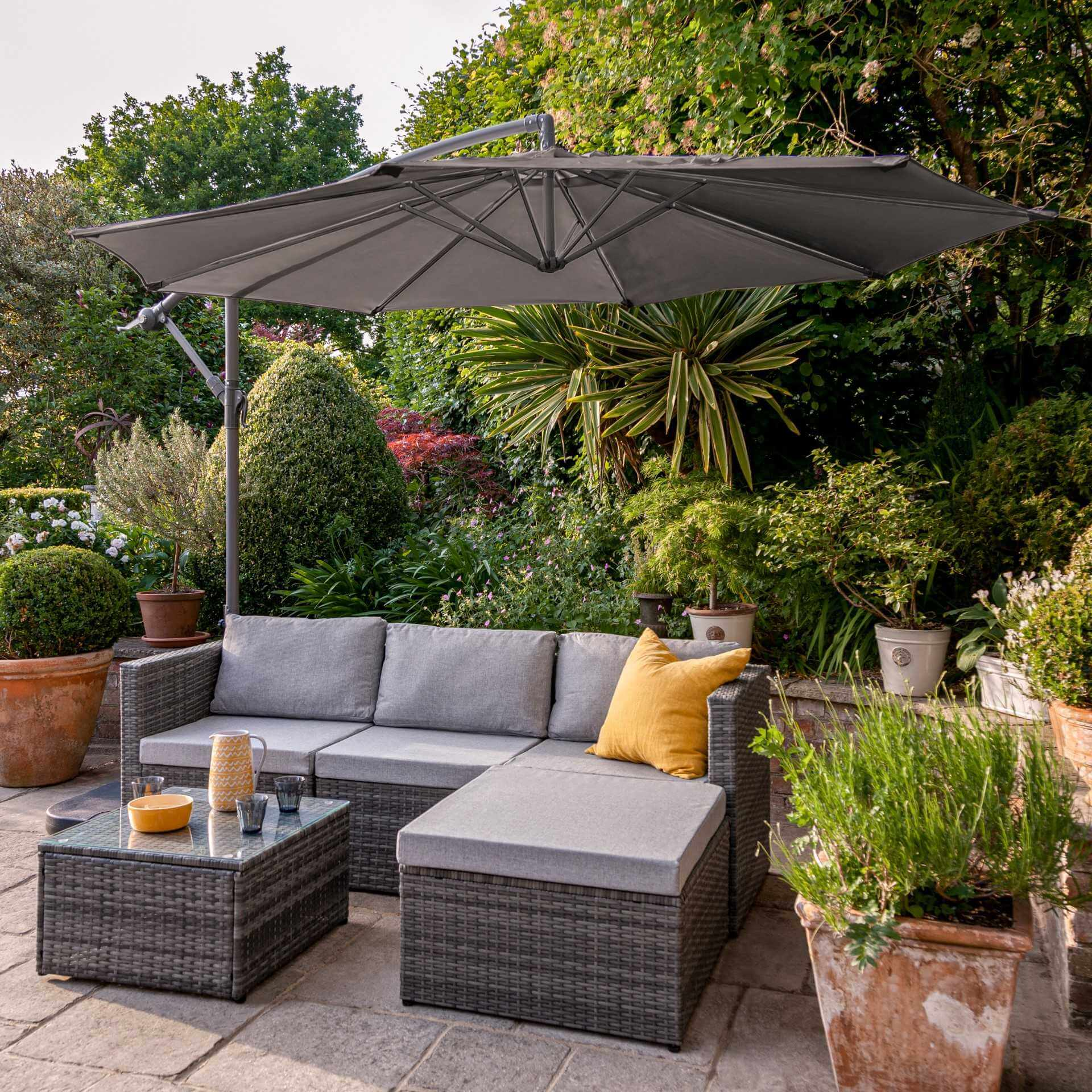 4 Seater Rattan Corner Sofa Set with Lean Over Parasol and Base - Grey Weave