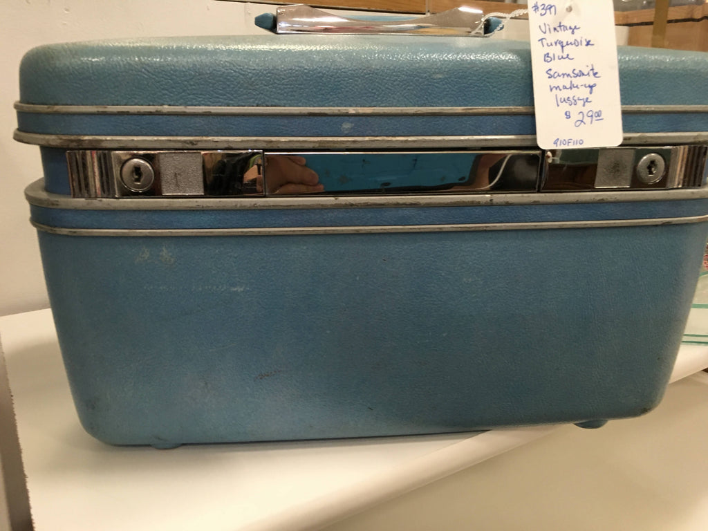 Vintage turquoise blue cosmetic luggage